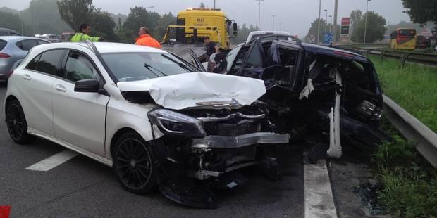 Violent accident sur l'E411 à Wavre (PHOTOS et VIDÉOS) - La DH