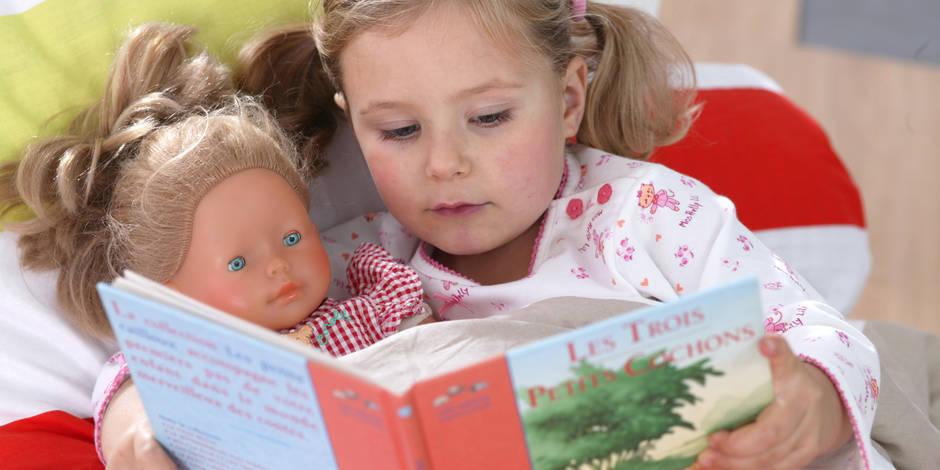 Les filles devraient-elles moins jouer à la poupée?