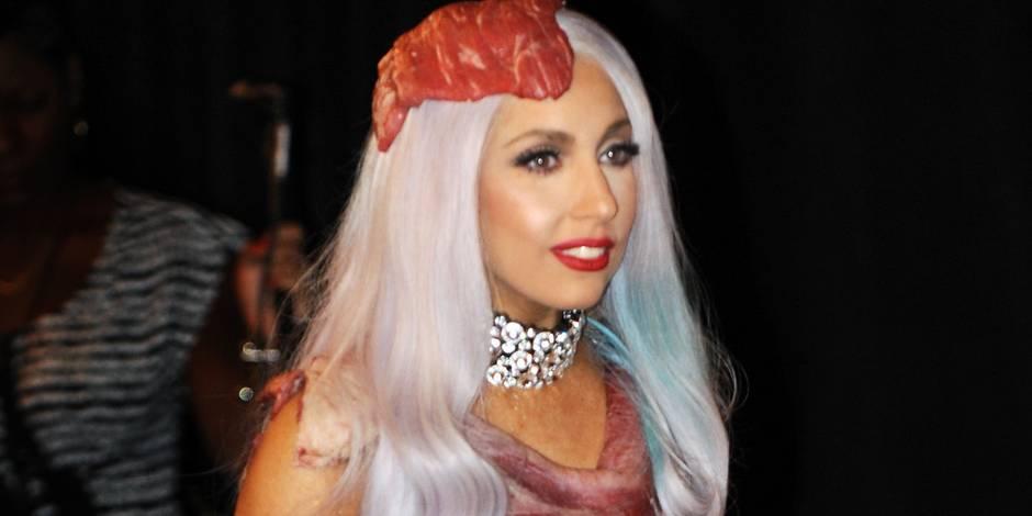 La robe en viande portée par Lady Gaga débarque au musée
