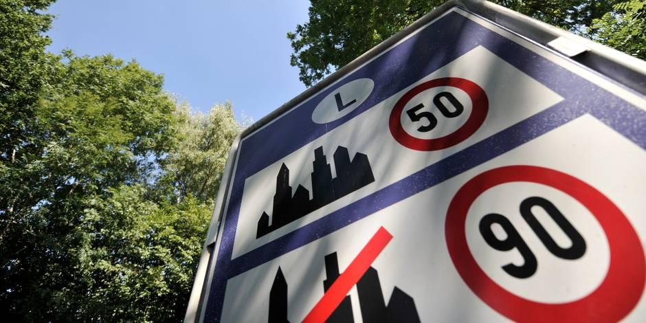 À Berloz, la ville commande de nouveaux panneaux... mais pas les poteaux