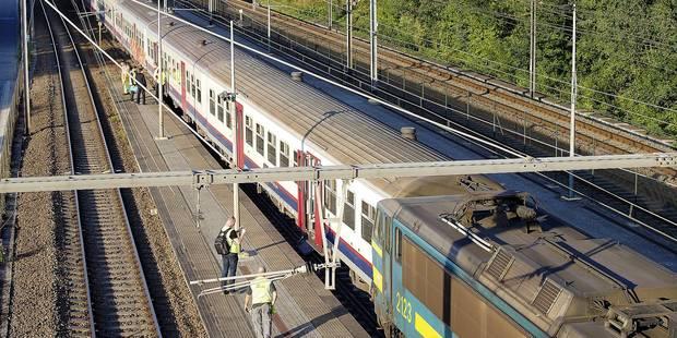 Train déraillé à Buizingen: l'enquête pointe la vitesse - La DH