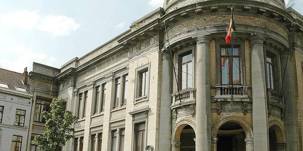La commune de Molenbeek condamnée en référé - La DH