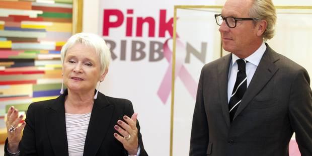 """""""On annonce quotidiennement à 29 femmes qu'elles ont un cancer. On n'est jamais préparée à ça. Mais nous sommes là"""" - La..."""
