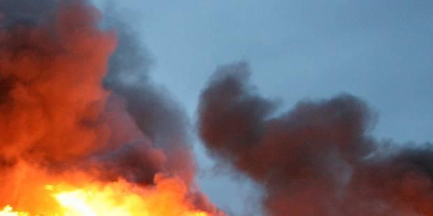 Incendie dans le dancing H20 à Pecq - La DH