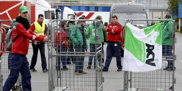 Grève bpost: Les centres de tri de Bruxelles, Charleroi et Liège toujours bloqués - La DH