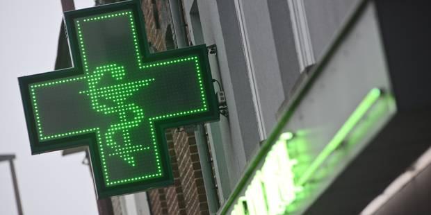 Bruxelles: une pharmacienne poignardée à la main par un braqueur - La DH