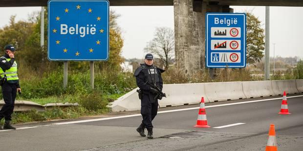Charles Michel demande d'éviter d'aller à Paris, les polices locales relèvent le niveau de sécurité - La DH