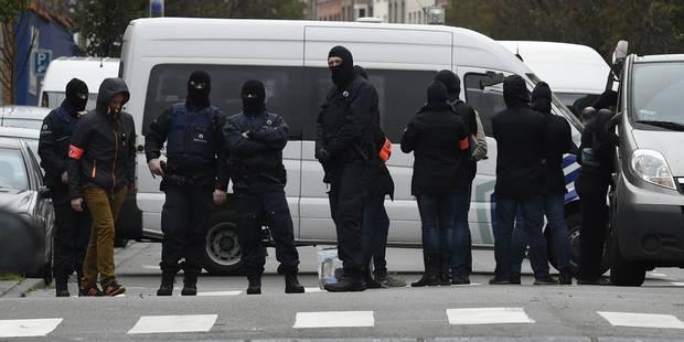 Attentats de Paris: opération terminée à Molenbeek, Salah Abdeslam toujours en cavale (PHOTOS & VIDEOS) - La DH
