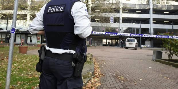 """La police lance une ligne d'appel """"qui a vu Salah Abdeslam?"""" - La DH"""