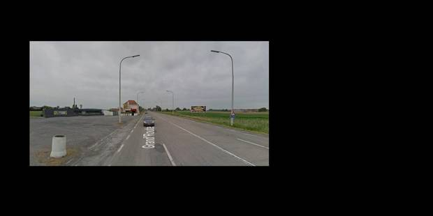 Une voiture tombe dans le canal - La DH