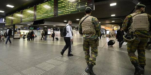 Les métros bruxellois toujours à l'arrêt, 13 lignes de bus suspendues - La DH