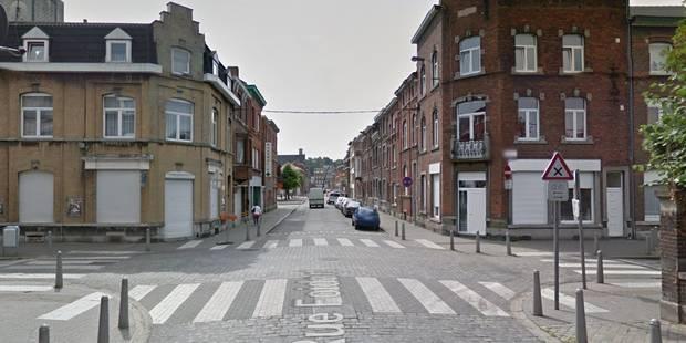 Un cocktail Molotov lancé dans la vitrine d'un magasin de nuit à Liège - La DH