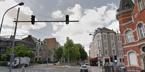 Effondrement de voirie sur l'avenue Winston Churchill à Uccle - La DH