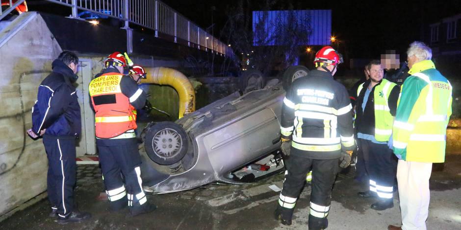 Marchienne-au-Pont: La voiture part en tonneaux