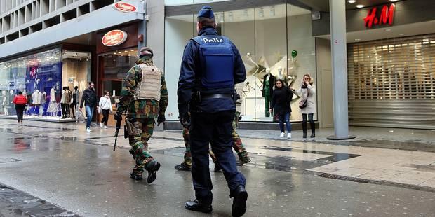 Bruxelles: Axel et ses amis sont agressés et volés devant une patrouille de police... qui n'a pas bougé - La DH