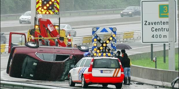 La signalisation des accidents sur autoroutes confiée aux assureurs - La DH