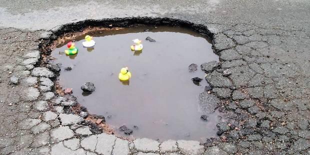 Quand les habitants de Ransart ironisent sur l'état pitoyable d'une rue... - La DH