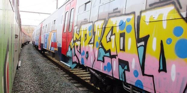 Trains tagués: la grande colère de la SNCB - La DH