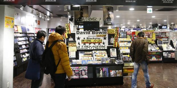 David Bowie place 19 albums dans le Top 100 des charts britanniques - La DH