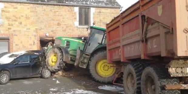 Un tracteur défonce une façade à Chimay - La DH