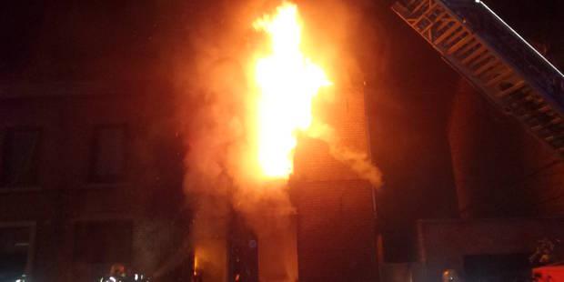 Gilly: deux personnes brûlées lors de l'incendie d'une habitation - La DH
