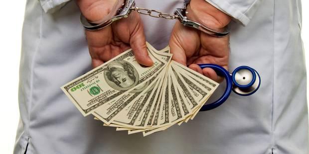 Un entrepreneur magouilleur condamné à 10 mois de prison ferme! - La DH