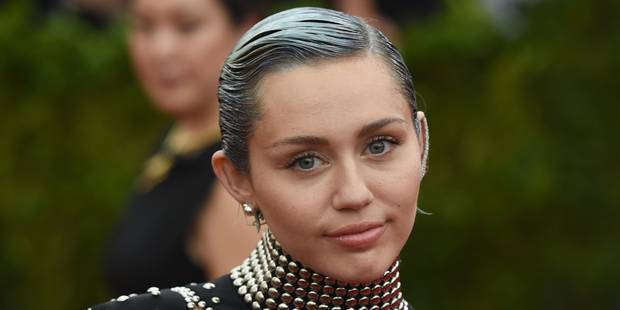 Miley Cyrus va tourner avec Woody Allen - La DH