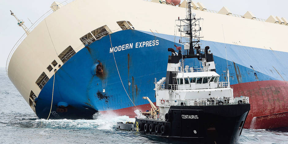 Modern Express: French Experts Ready To Tow Listing Cargo Ship