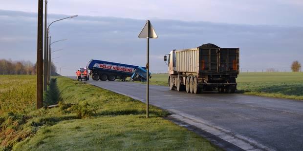 La route provinciale Tournai-Renaix bloquée - La DH