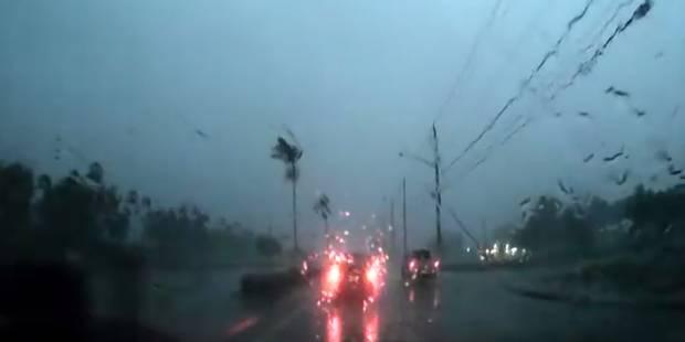 Etats-Unis: un automobiliste fonce droit sur une tornade (VIDEO) - La DH