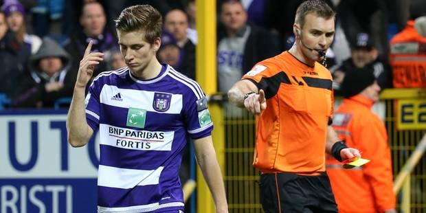 Anderlecht voit rouge à Waasland-Beveren (1-0) - La DH