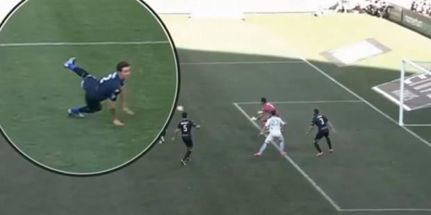 Jambe, cheville, épaule: la triple blessure de ce footballeur est horrible - La DH
