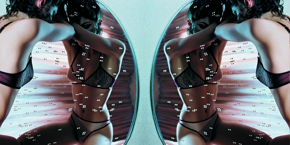 La lingerie ultra-luxe et érotique de Yael Landman passe par... vous
