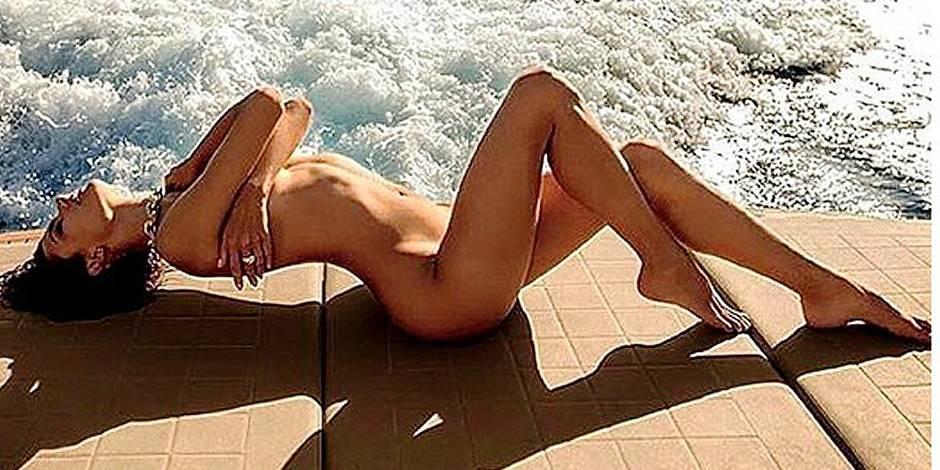 Alessandra Ambrosio, toute nue et toute bronzée