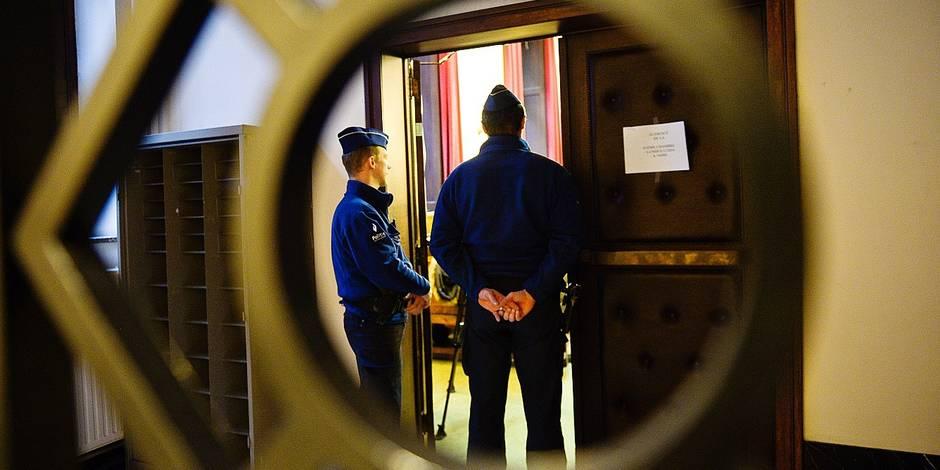 Bruxelles - Palais de justice - tribunal correctionnel: Fifi Nzuzi condamnée à 6 mois de prison avec sursis pour avoir laissé ses enfants seuls à la maison, lesquels avaient ensuite péri dans un incendie