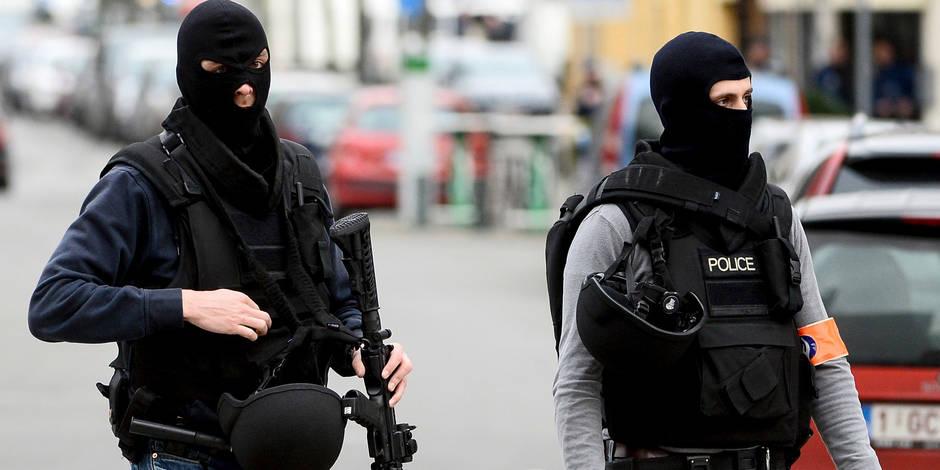 Forest: le terroriste abattu n'aurait pas dû se trouver en Belgique!