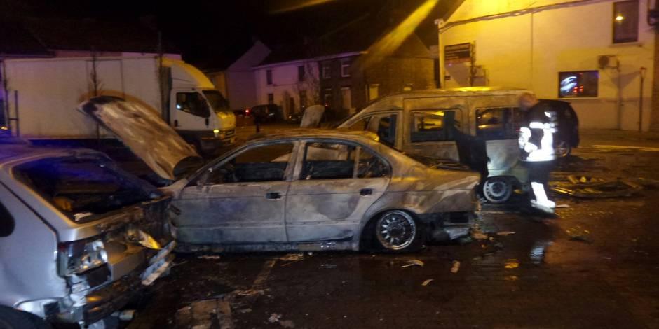 Six voitures en feu à Montignies-sur-Sambre
