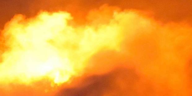 Un pompier se blesse dans un incendie à Chapelle-lez-Herlaimont - La DH