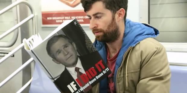 Dans le métro, un homme lit des livres dont le titre est ridicule ou scandaleux - La DH