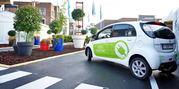 Les Pays-Bas veulent bannir la voiture à moteur thermique pour 2025! - La DH