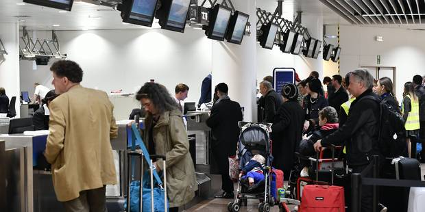 Pas de files d'attente au hall des départs à Brussels Airport mercredi matin - La DH