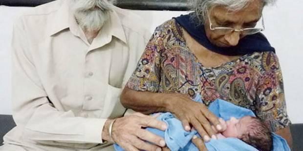 Elle donne naissance à son premier enfant à l'âge de 70 ans ! - La DH