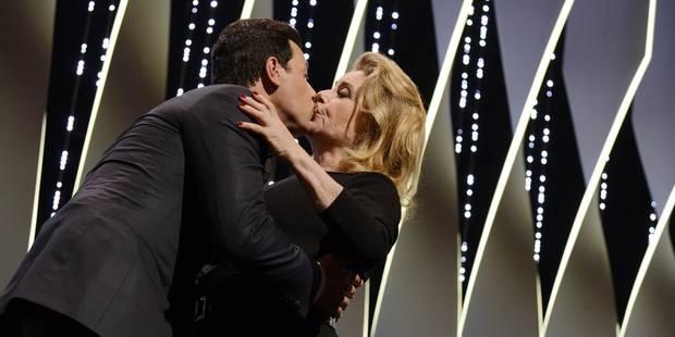 Le maître de cérémonie Laurent Lafitte tacle Woody Allen et embrasse Catherine Deneuve dans la même soirée (VIDEOS) - La...