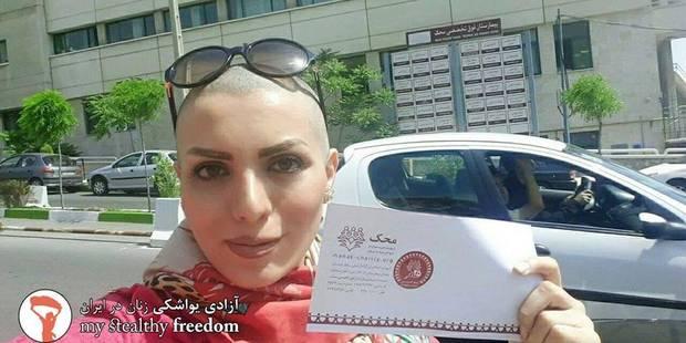 La solution de cette Iranienne pour échapper au voile : se raser le crâne - La DH