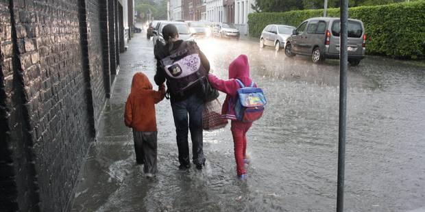 Inondations: évacuation d'une famille de Brunehaut par l'armée - La DH