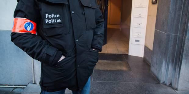 Attentats à Bruxelles: le huitième suspect travaillait à Brussels Airport - La DH