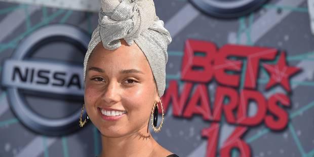 Alicia Keys sans maquillage sur le tapis rouge des BET Awards - La DH