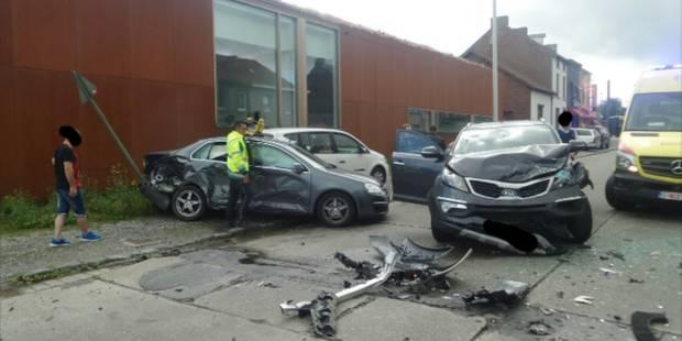 Six blessés dont trois enfants lors d'une collision en chaîne à Gosselies - La DH
