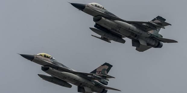 """Les F-16 belges prochainement dotés de """"petites"""" bombes de précision - La DH"""
