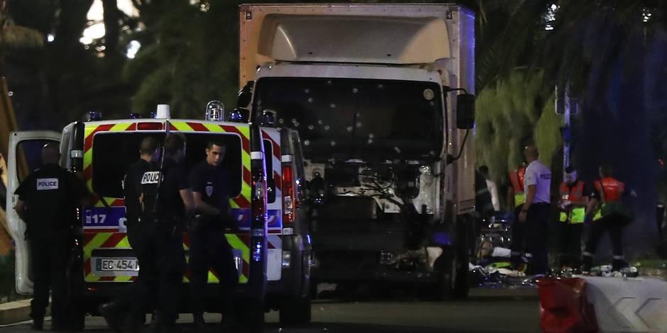 Attentat de Nice: Mohamed Lahouaiej-Bouhlel aurait envoyé une photo de lui au milieu de la foule